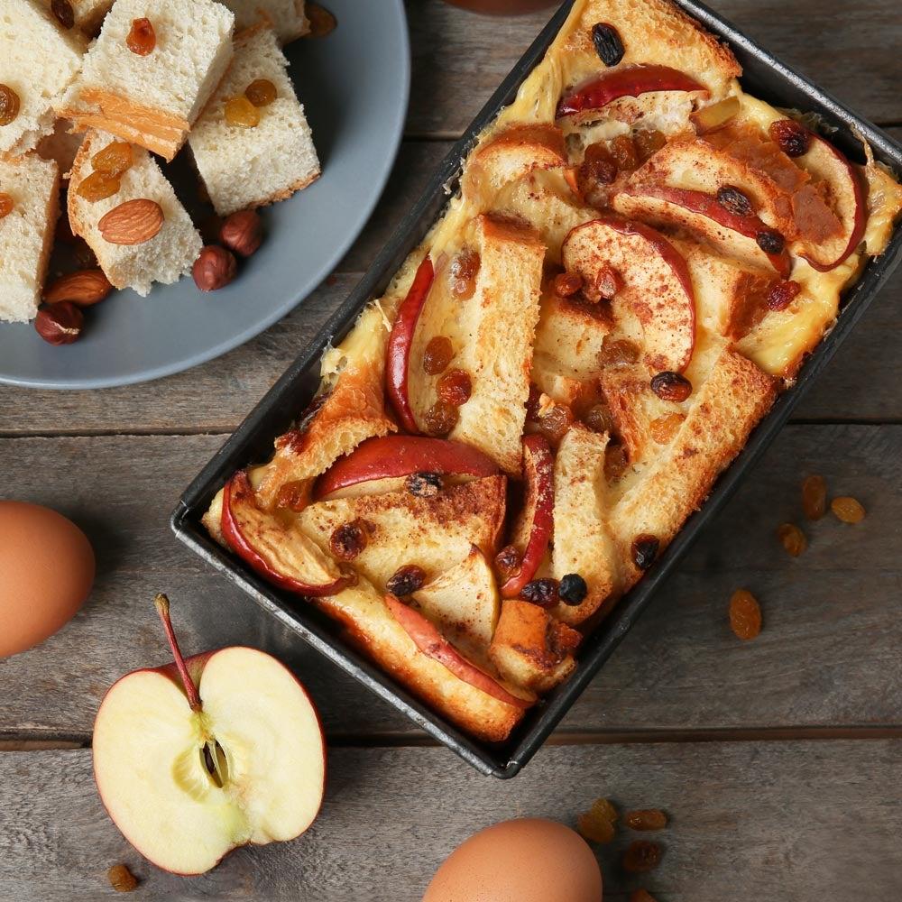 Pudding au pain aux pommes