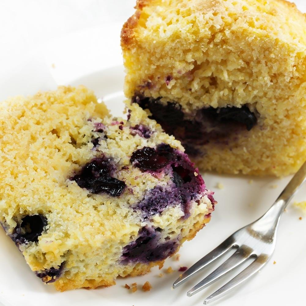 Muffins au maïs et aux bleuets