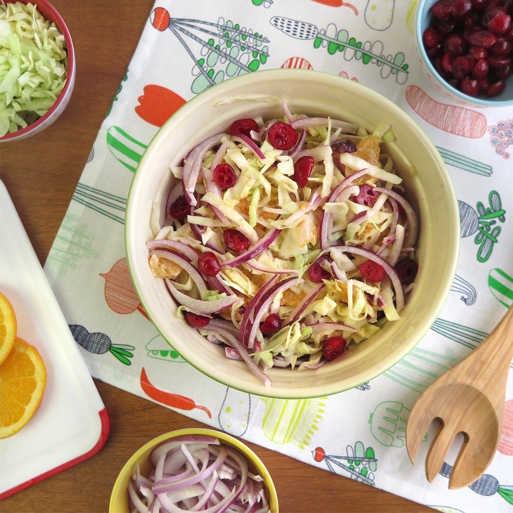 Salade de chou et de canneberges