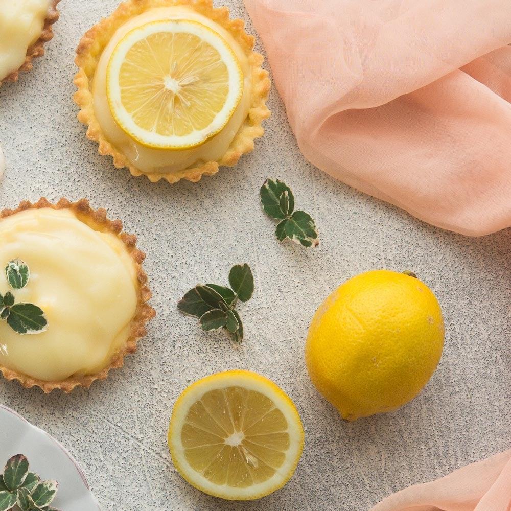 Tartelantes citron-noix de coco