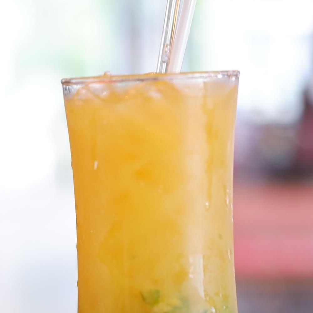 Tropical KOOL-AID® Pichet Punch