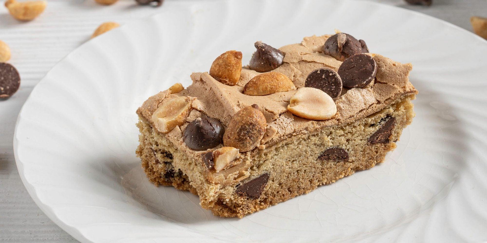 Chocolate-Peanut Meringue Bars