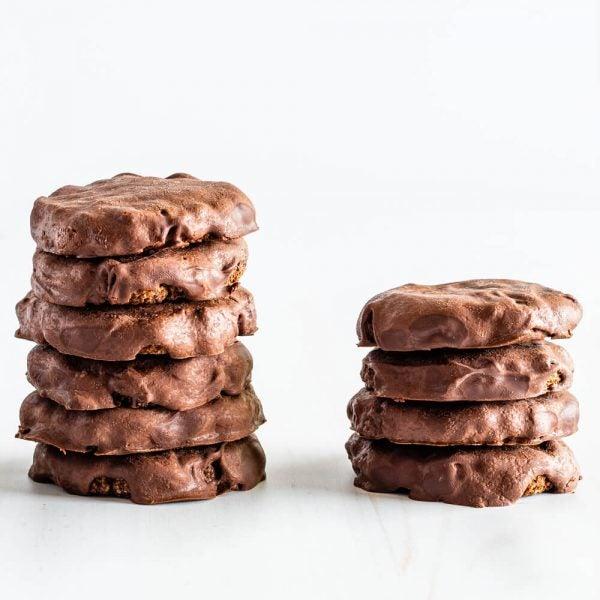 Biscuits à la menthe recouverts de chocolat Keto